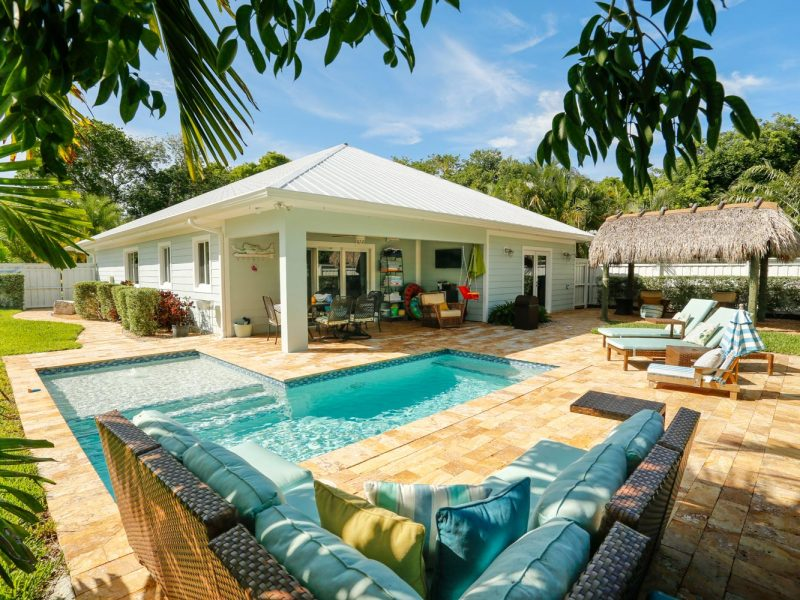 Single Story Sioux Property in South Florida