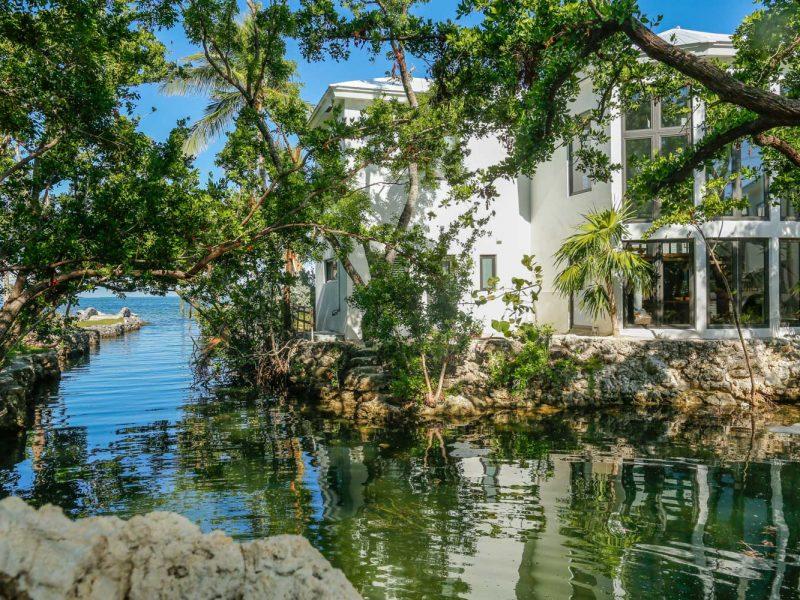 110618-Coastal-Vacations-102-Plantation-Blvd.-SIZED-dfp-6